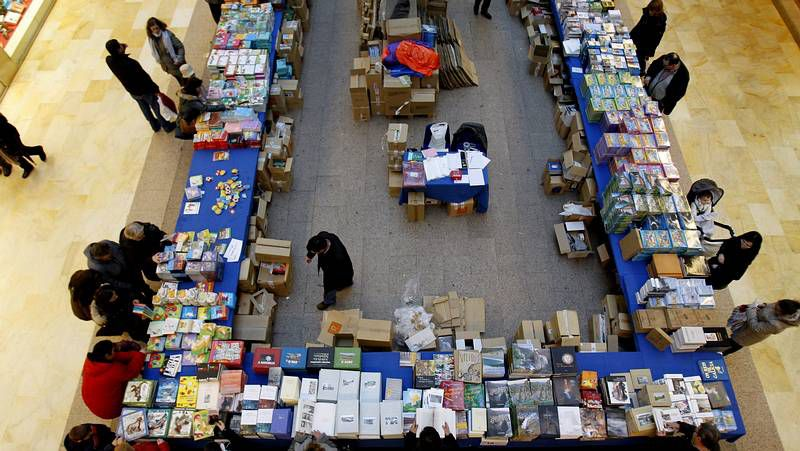 Área Central acoge hasta el domingo un outlet del libro