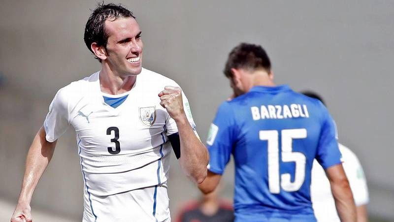 85502e635 Un gol de Diego Godín da el pase a Uruguay ante Italia