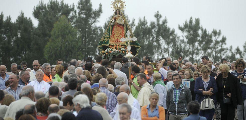 98c91cf0255a O Corpiño espera una avalancha de fieles el día grande al ser festivo