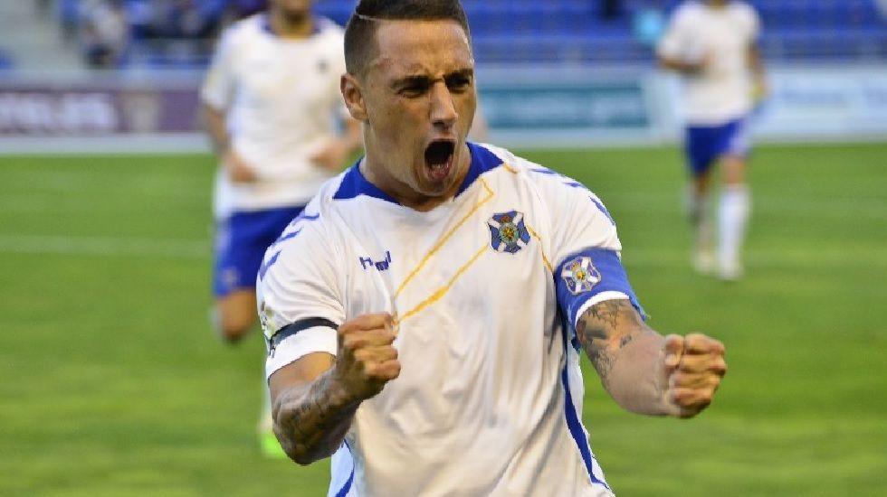 Suso Santana, cerca de estar entre los cinco jugadores con más partidos en el Tenerife