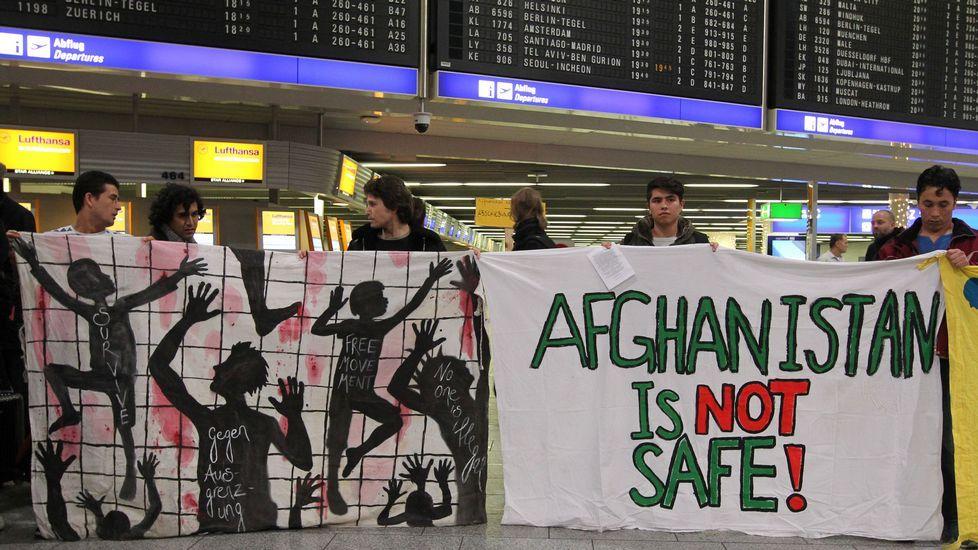 Resultado de imagen de refugiados afganos en alemania