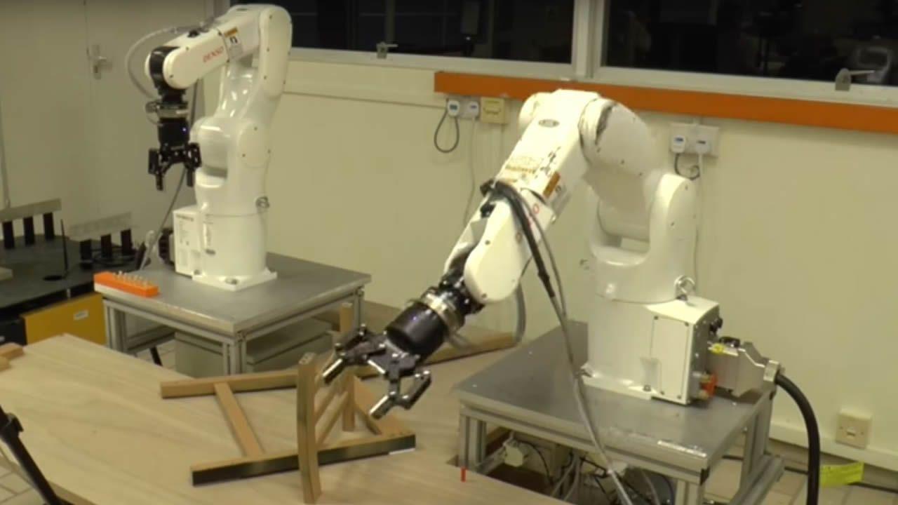 Este Robot Ikea Es De Una Capaz Montar Silla fg6yY7b