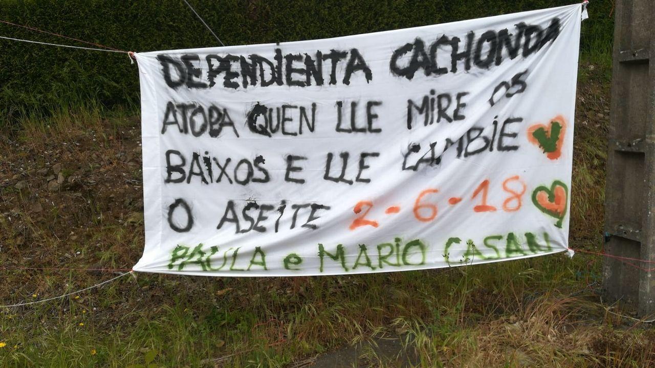 Polémica En O Pino Por Un Cartel Que Anuncia La Boda De Una