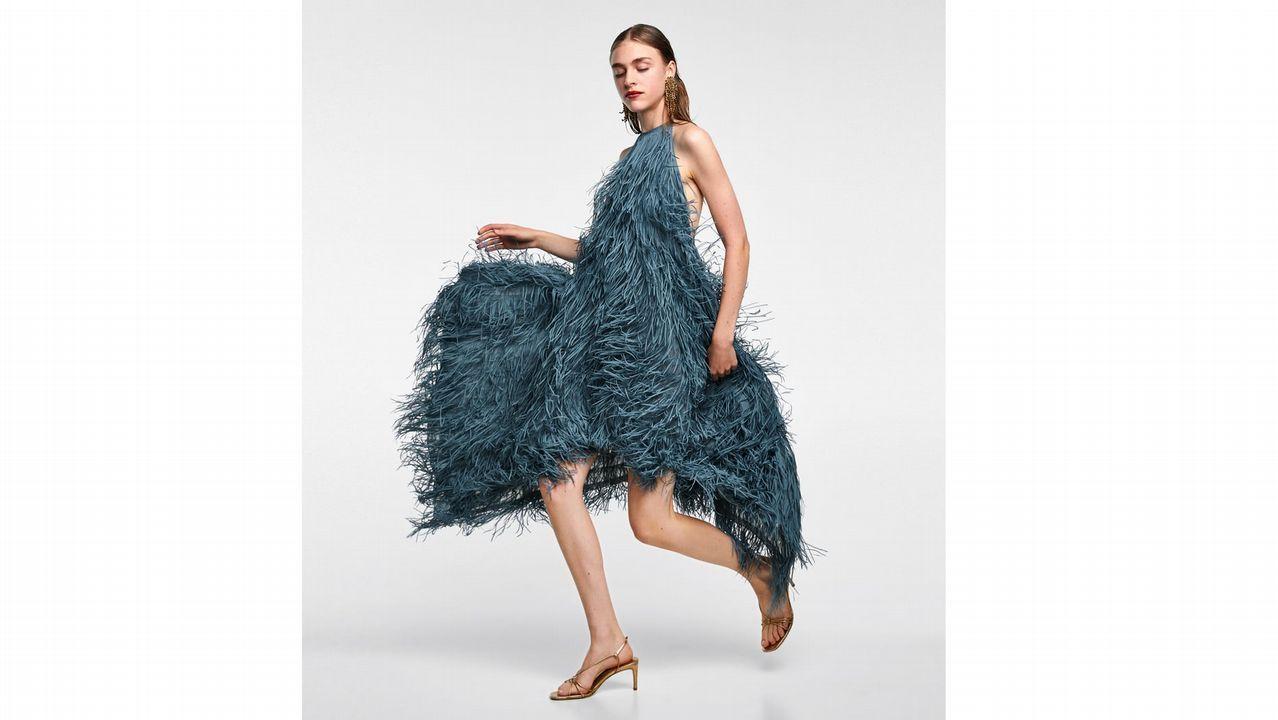 descuento especial de venta online nueva lanzamiento El vestido de Zara que se puso Marta Ortega y se agotó en un ...