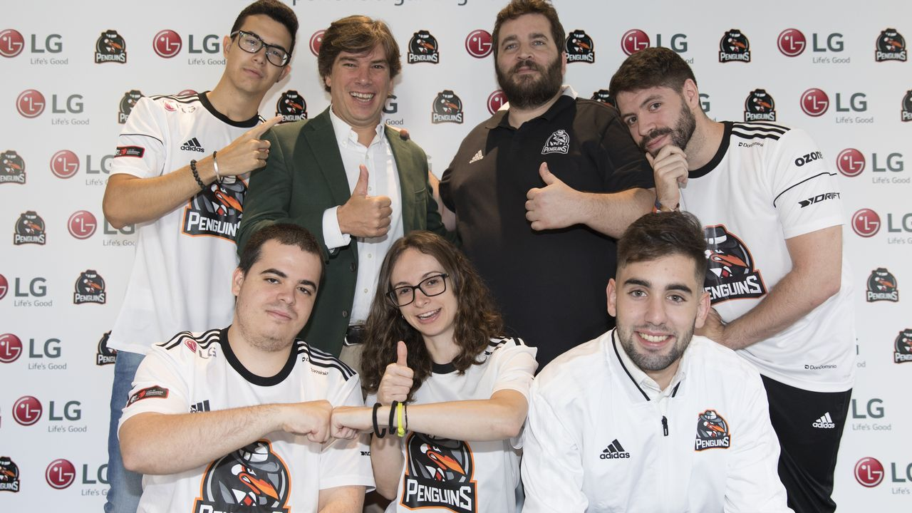 Equipo Irresistible Ascensión PenguinsLa De Ourense Un Esports rdeBCxo