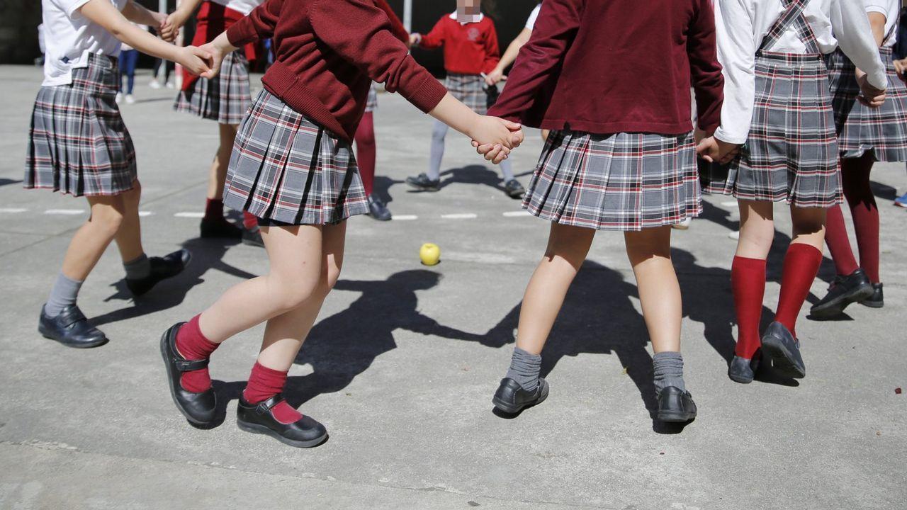 532ed1640 El uniforme escolar con falda dejará de ser obligatorio el próximo curso
