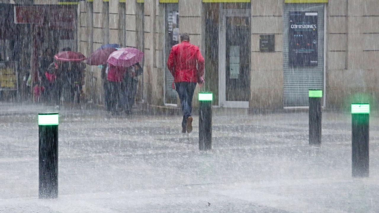 es mejor caminar o correr bajo la lluvia