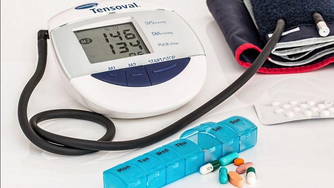 Beneficios de tomar medicamentos para la presión arterial por la noche