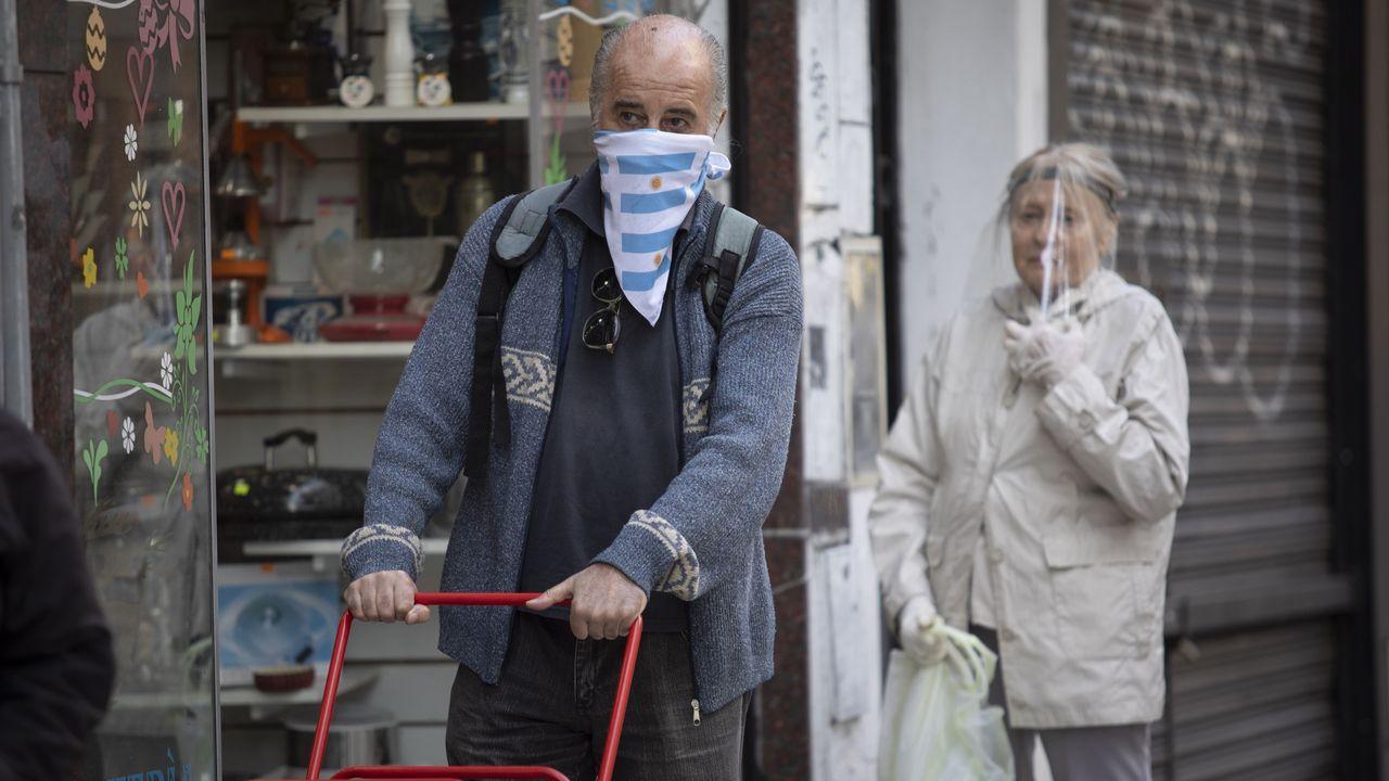 El nuevo récord de contagios en Buenos Aires abre la opción de una ...