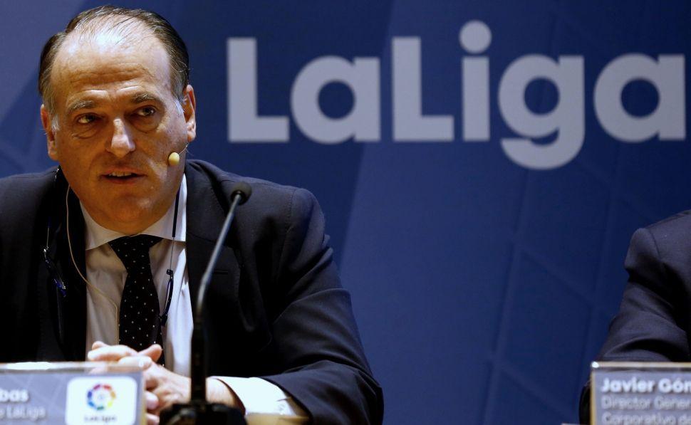 LaAPARO prepara un pasillo para recibir al Oviedo.Tebas