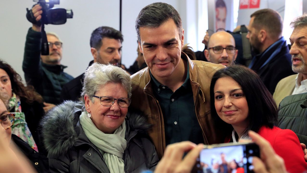 El ministro de Fomento en funciones, José Luis Ábalos; la portavoz del PSOE en el Congreso, Adriana Lastra; el portavoz de ERC en el Congreso, Gabriel Rufián; y la portavoz adjunta de la formación catalana, Carolina Telechea, durante una reunión, el pasado septiembre