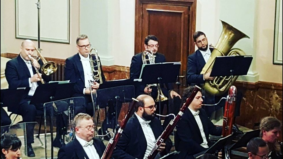 Miguel Franqueiro (en la foto, el primero por la derecha) en un concierto en Lugo con la Real Filharmonía de Galicia