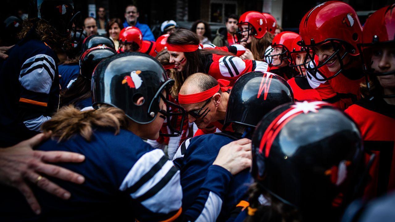 DESFILE DE MARTES DE CARNAVAL EN A VALENZA.El desfile de A Valenzá, de estilo urbano, estuvo muy concurrido y animado