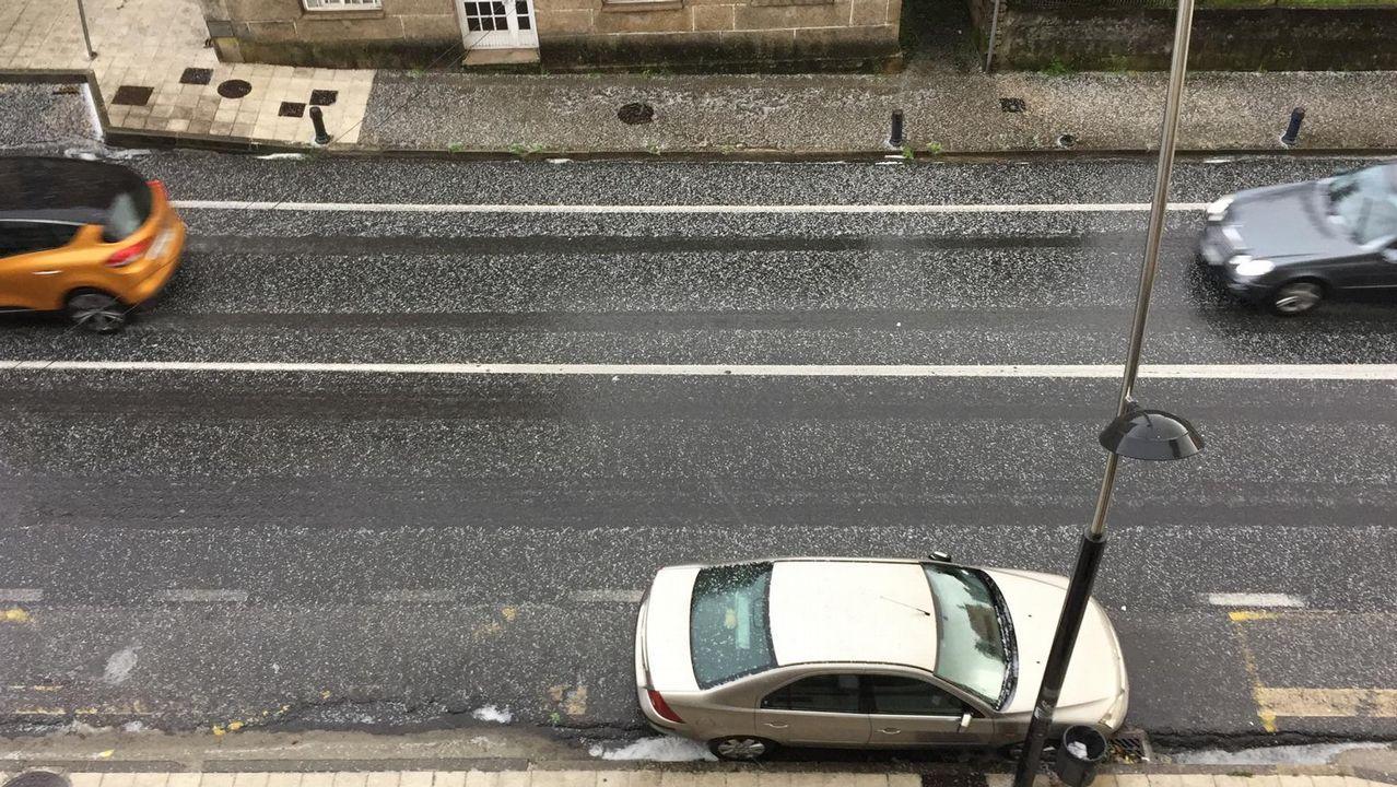 Granizada y mal tiempo en Barbanza.El sol predominó en marzo en Asturias