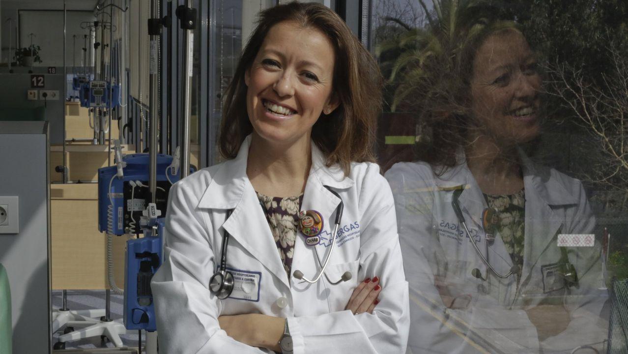 Ángela Varela: «Eu non estou todo o día pensando no cancro, sigo ca miña vida e ca miña xente».La familia, de EE.UU., dio a conocer su caso en varios programas televisivos