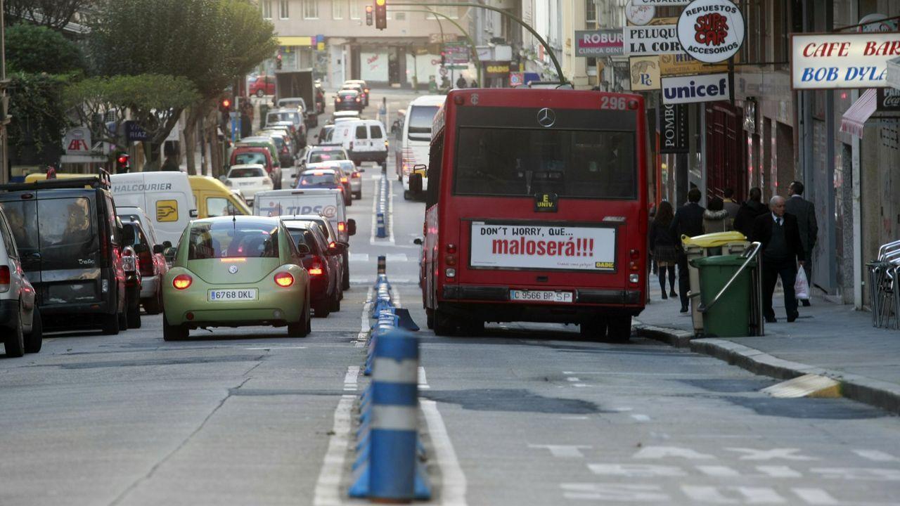El carril bus en Federico Tapia, tal y como estaba en el 2009