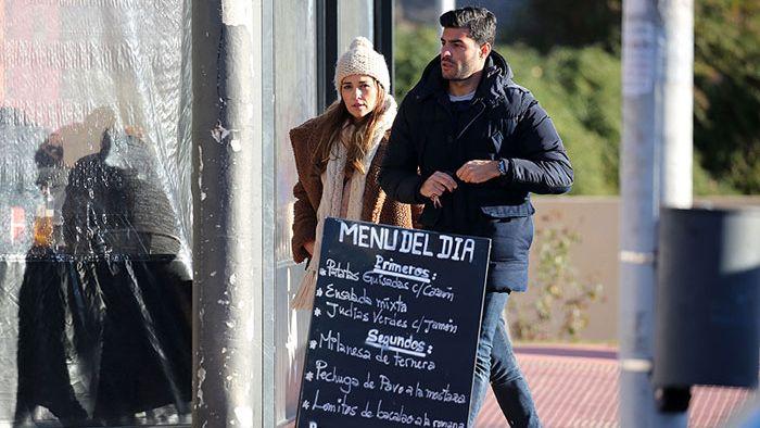 Paula Echevarría y Miguel Torres tras visitar las obras de su nueva casa
