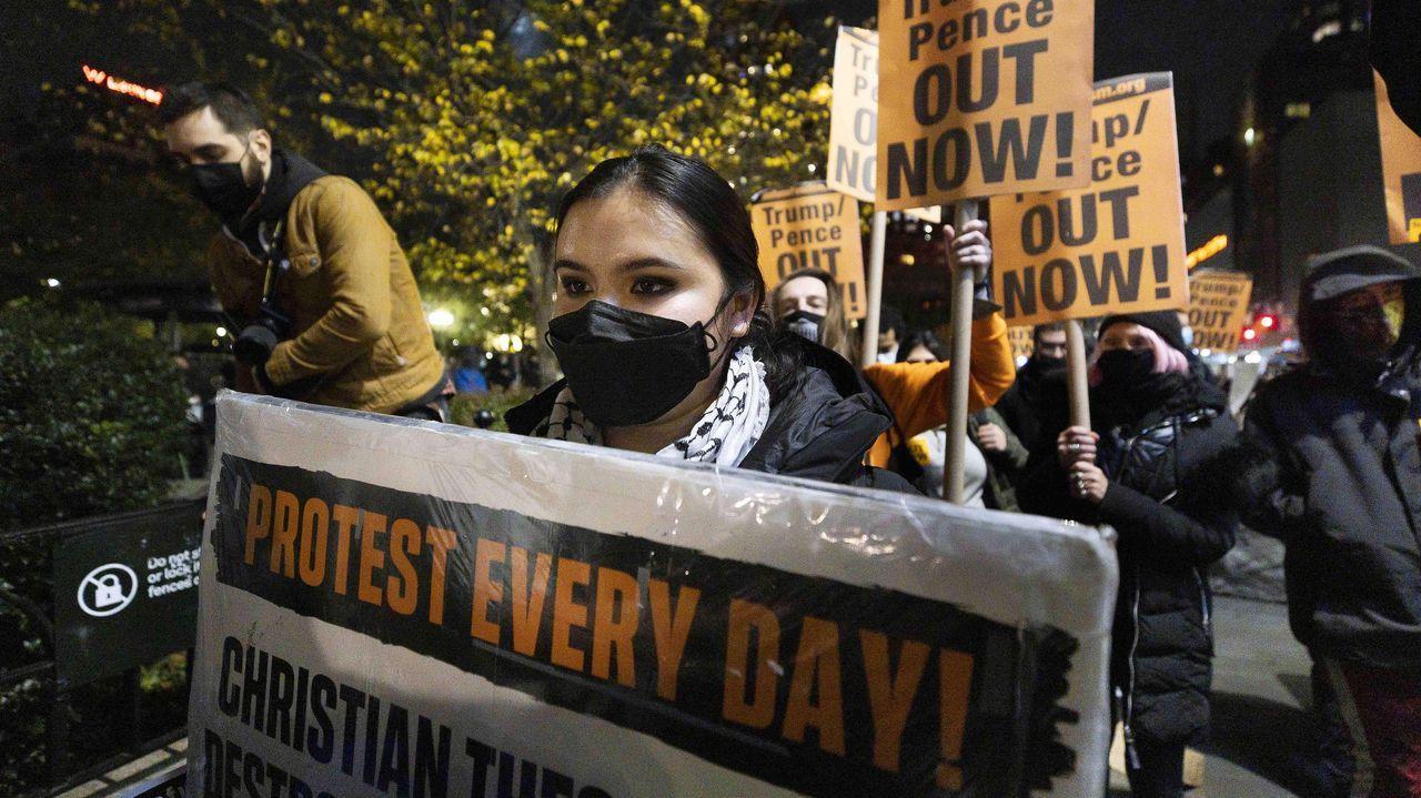 Protesta contra Trump por las calles de Manhattan, Nueva York