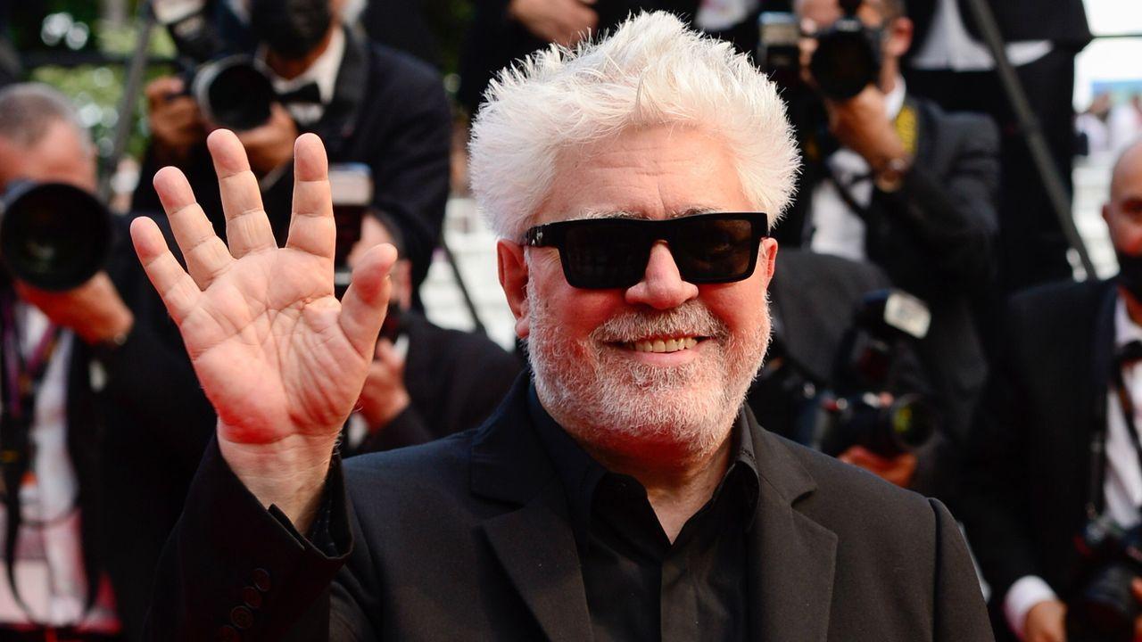 Almodóvar, en la jornada inaugural del festival de Cannes.
