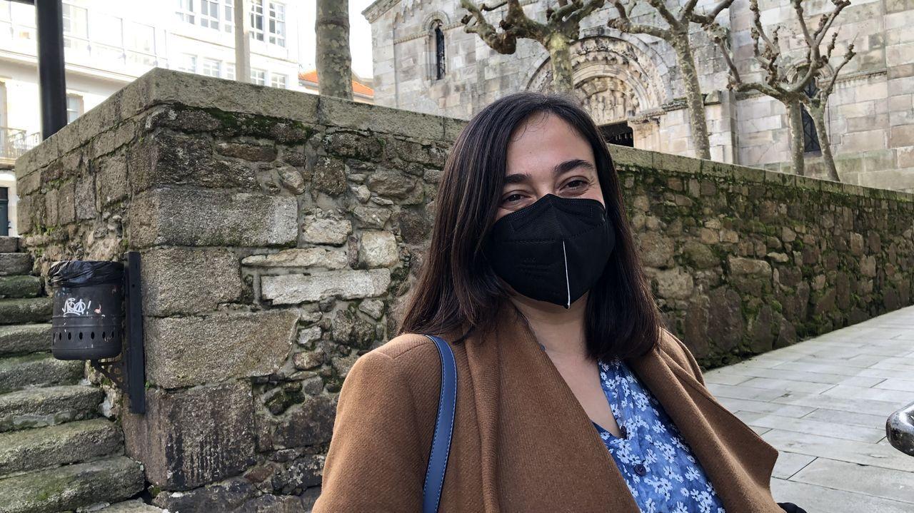 Inés Ares, residente en la Ciudad Vieja desde hace siete años: «Es agradable ver las calles relucientes de nuevo y cada vez más edificios arreglados. Sí, había bastante descuido»