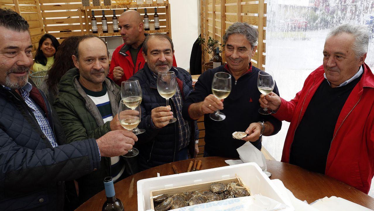 La presidenta de la Diputación Carmela Silva visita la Caan en Meis