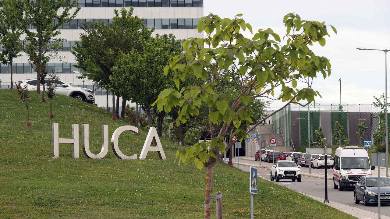 PUERTA LA VILLA GIJON.Vista exterior del Hospital Universitario Central de Asturias (HUCA)