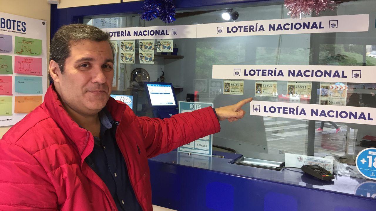 En La Favorita aseguran que el día de ayer vendieron décimos «como churros».
