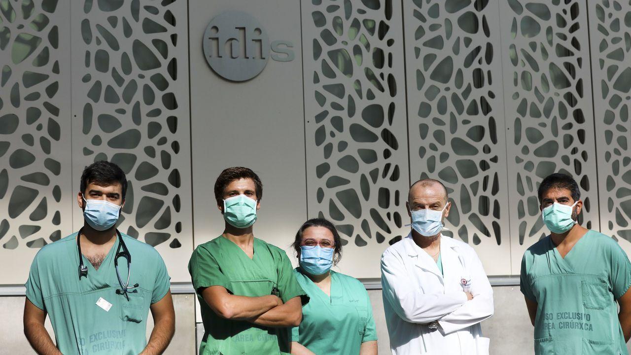 El equipo de Juanatey que registra el covid-19 en el hospital de Santiago