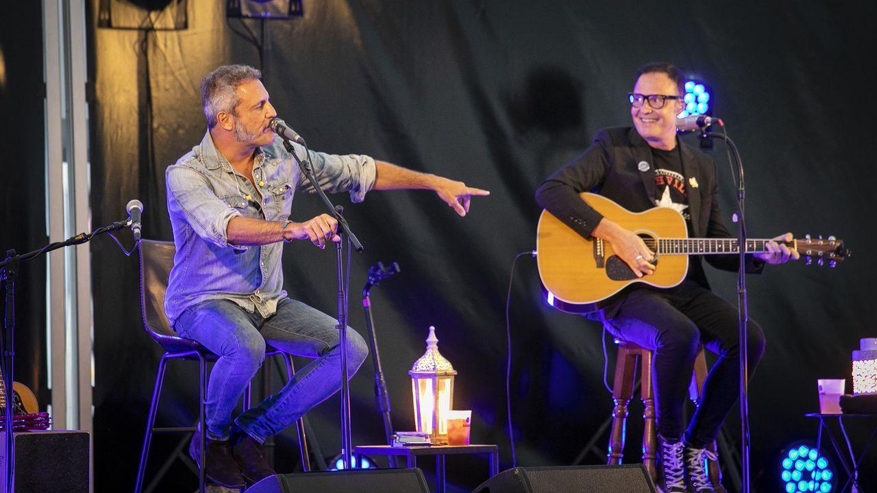 ¡Así fue el concierto de M-Clan en Boiro!.Emmanuelle Charpentier y Jennifer Doudna, en Oviedo