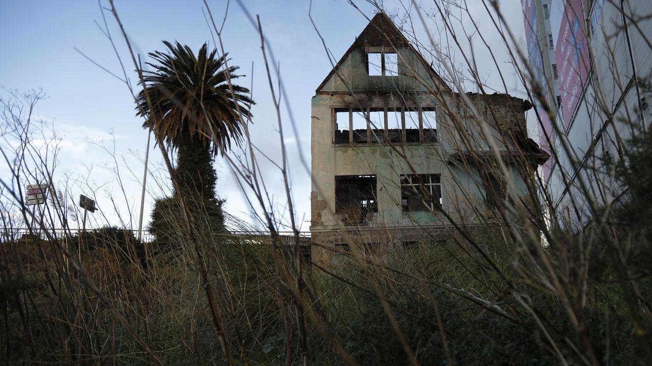 Cae el cine Patagonia por los fuertes vientos.El puerto de San Isidro, cerrado. Archivo.
