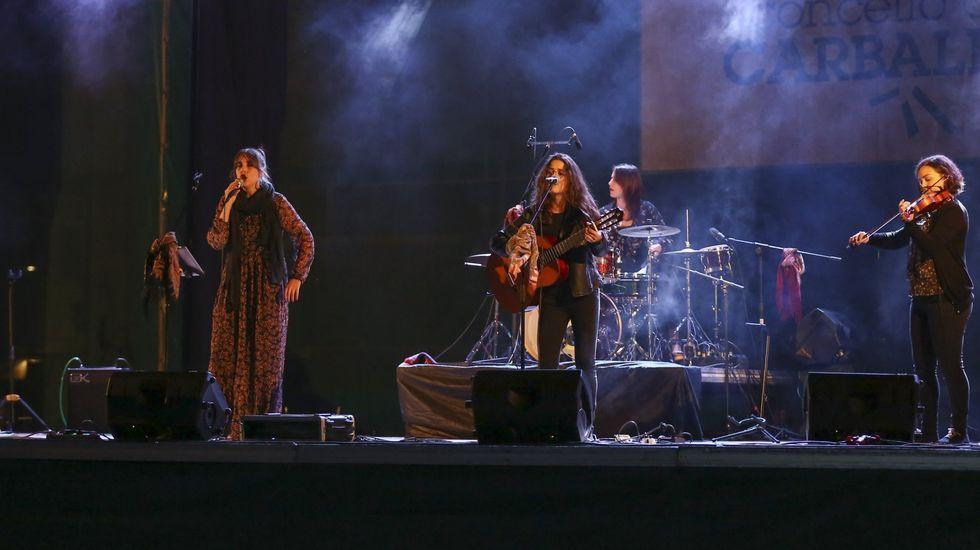 A Banda da Loba actúa en Barbadás