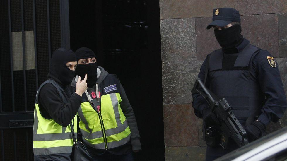 El ISIS difunde un video donde aparecen los terroristas de la matanza de París decapitando rehenes
