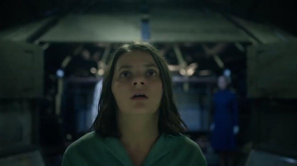Dafne Keen, en una imagen del trailer de «La materia oscura»