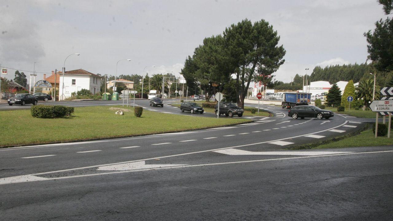 Cruce de Guísamo con la vía que va a Ferrol, considerado un punto negro de tráfico