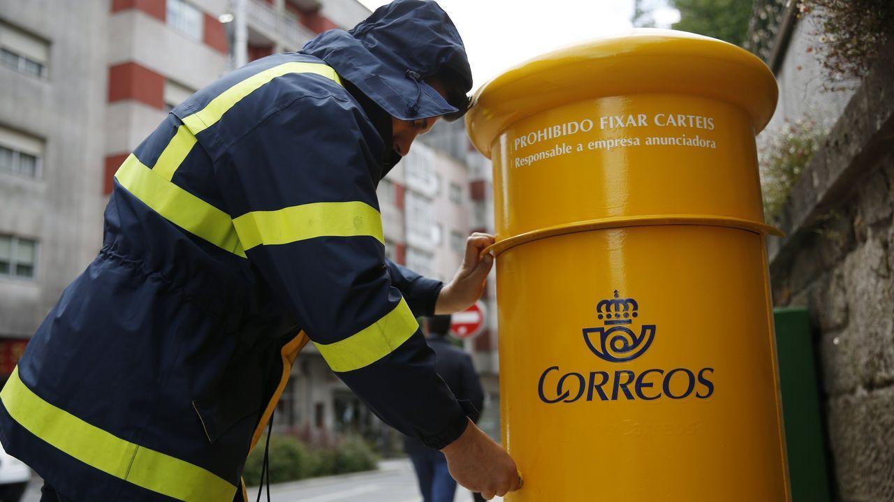 McDonald's prefiere el queso de Lugo.Los carteros podrán hacer cobros con sus dispositivos móviles