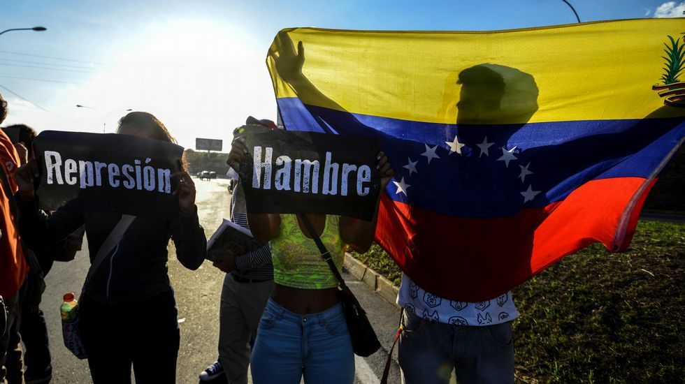 La oposición denuncia un «golpe de Estado» de Maduro en Venezuela.Imagen de archivo de una manifestación contra Maduro en Venezuela