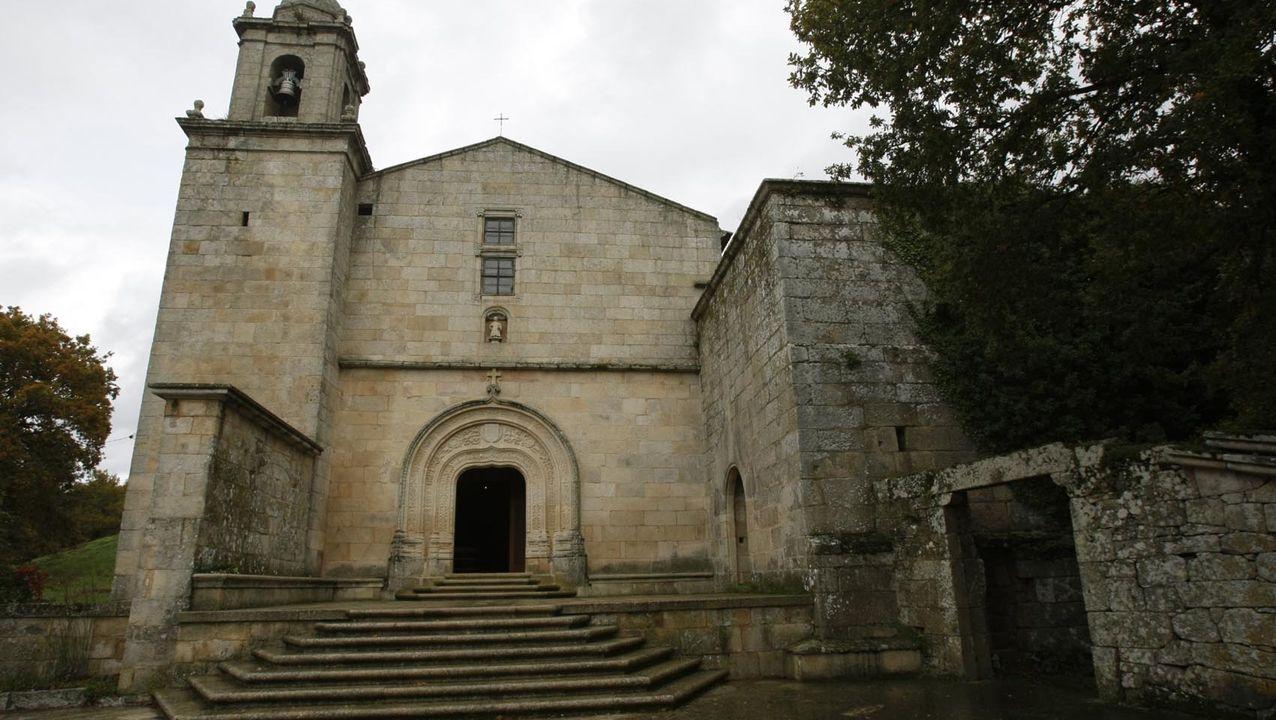 Playas en la provinciade Lugo.Monasterio de Bon Xesús de Tansdeiras Mosteiro Monasterio de Bon Xesús de Trandeiras en la parroquia A Pena (San Pedro), en Xinzo de Limia.