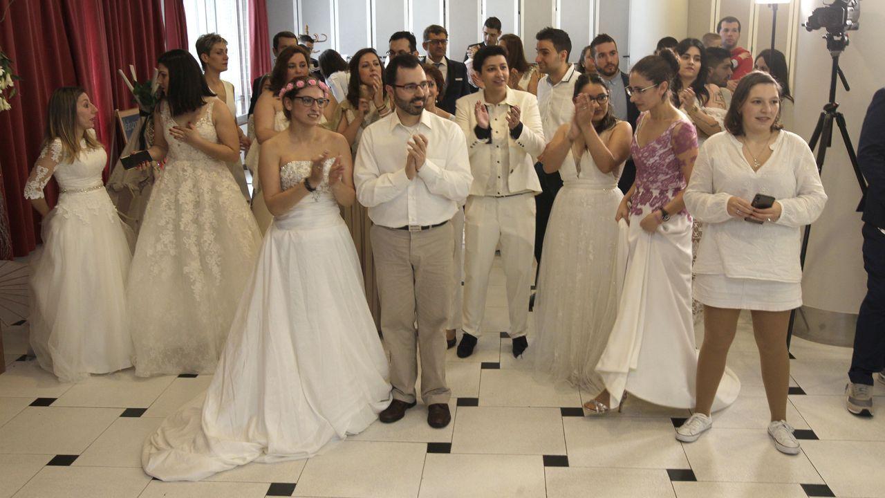 Medio centenar de parejas casadas renuevan sus votos en la «Love Renovation»