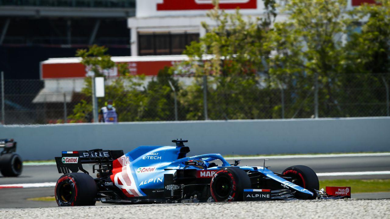 Fernando Alonso en las primeras vueltas del Gran Premio de España de F1