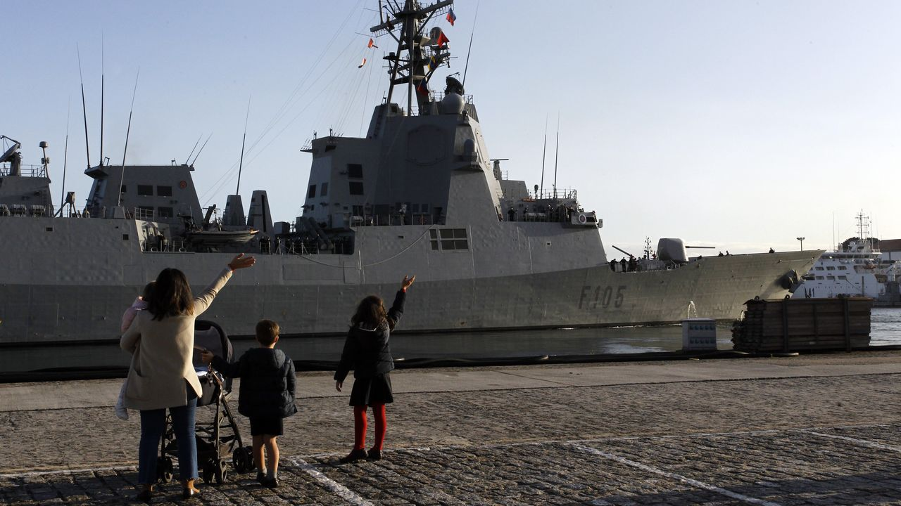 Lafragata Cristóbal Colón inicia un depliegue de cinco meses con la OTAN.Hotel América, en Ultramar