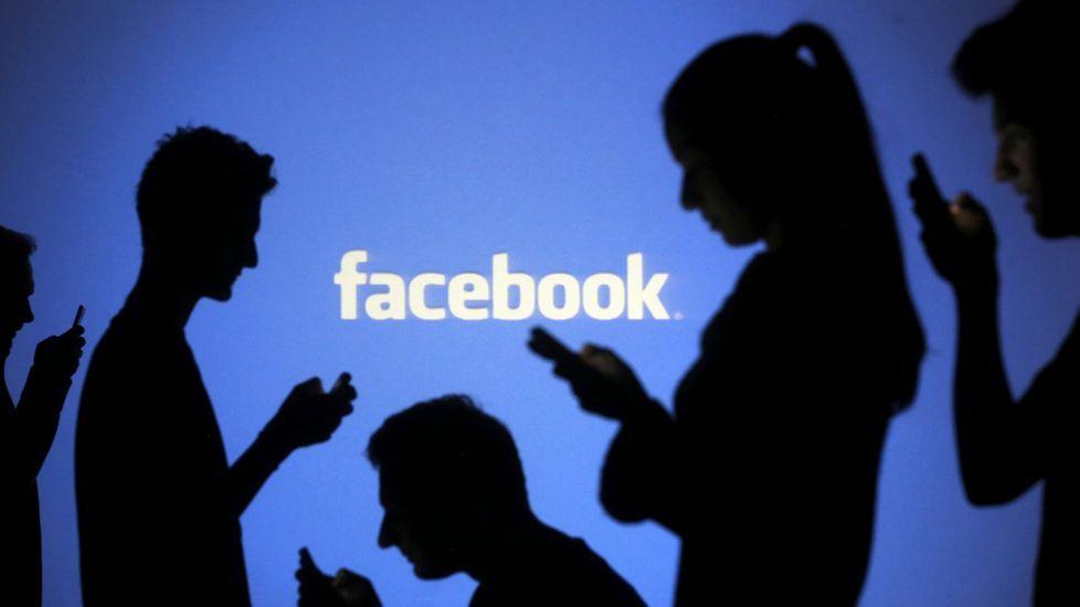 Boda en el Castillo de San Cucao (Llanera).Facebook sigue siendo la red social con mayor frecuencia de utilización (uso a diario, con un promedio de 4 horas y 30 minutos por semana)