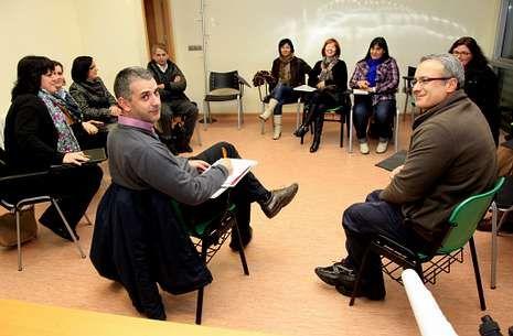 Os membros da Federación de ANPA da Costa da Morte reuníronse onte en Carballo.