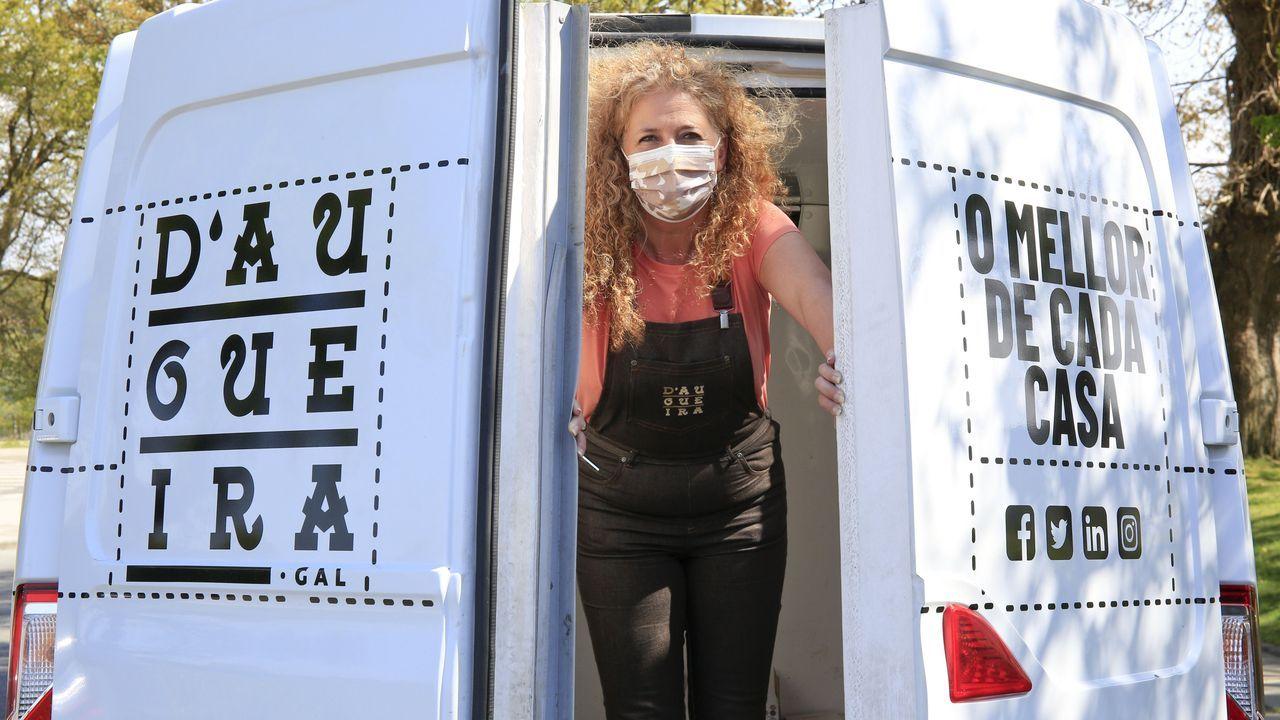 La Voz de la Escuelaen el CEIP As Nogais.Mónica Ferro se encarga ella sola de producir, vender y distribuir todos los productos