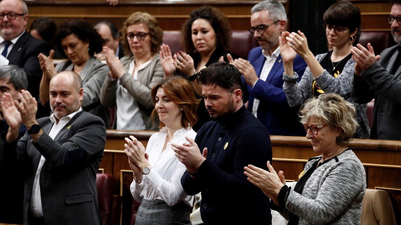 El presidente del Principado de Asturias, Adrián Barbón (c), preside este martes la reunión de la mesa de estudio sobre la reforma de la financiación autonómica, en la que participan los portavoces de los grupos parlamentarios de la Junta General
