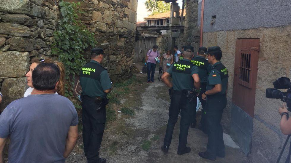 Encuentran el cadáver de la mujer desaparecida en Monterrei.Afectados por las cancelaciones ayer en Barajas