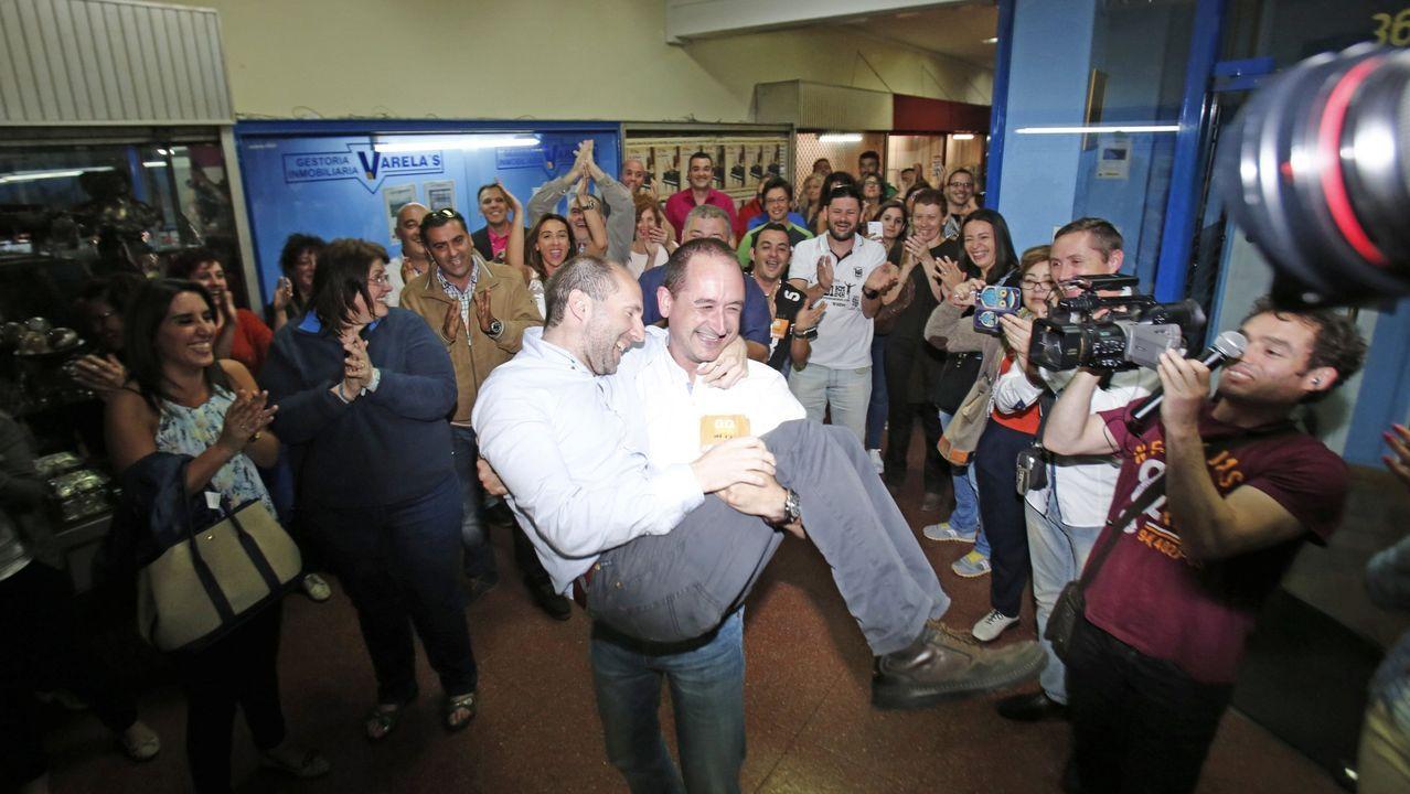 Celebración del resultado electoral de Democracia Ourensana en el año 2015