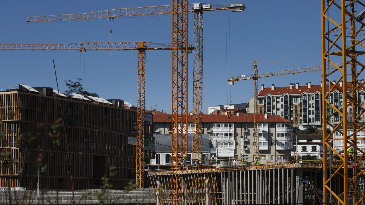 Vista exterior de las instalaciones de Asturiana de Zinc en Avilés