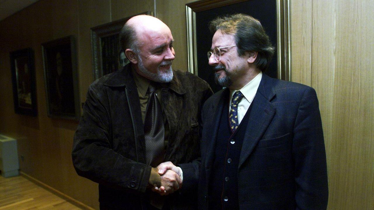 En una visita a La Voz de Galicia en Vigo en el año 2000