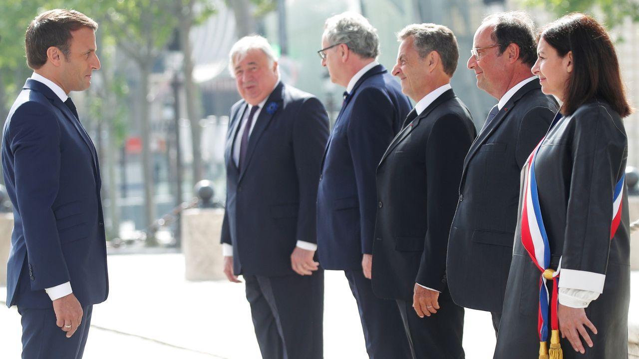 Macron estuvo acompañado de su predecesores, Nicolas Sarkozy y François Hollande, y de la alcaldesa de París, Anne Hidalgo