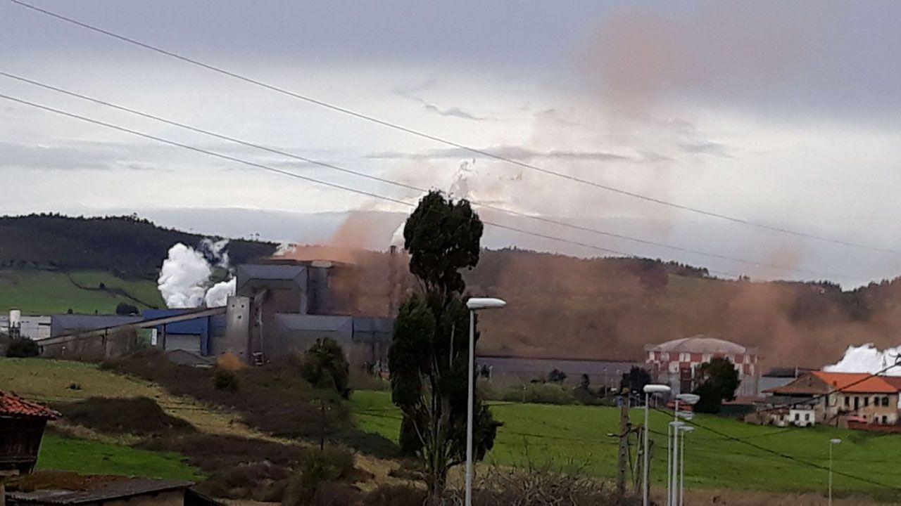 Nube contaminante en Carreño